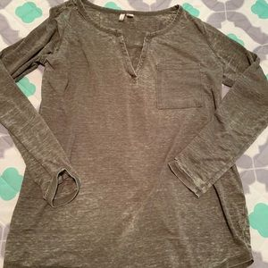 Cato vintage look long sleeve tee preowned